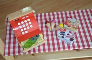 Kasse für Kinder Kaufmannsladen
