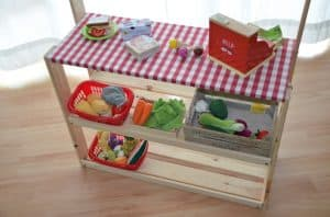 diy kaufmannsladen und marktstand f r kinder. Black Bedroom Furniture Sets. Home Design Ideas