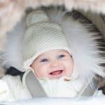 Das richtige Lammfell im Kinderwagen