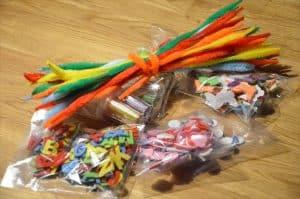 Bastelzeug als Geschenk für den Kindergarten